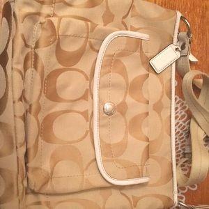 Coach hand shoulder bag